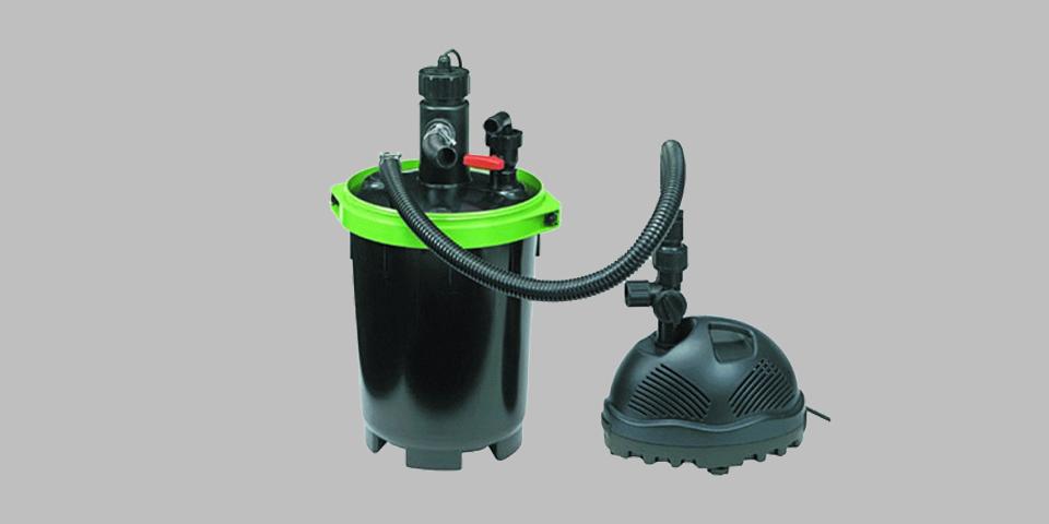 Nyomás alatti tószűrő és pumpa