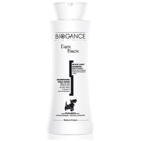 Biogance Dark Black shampoo fekete szőrű kutyák fürdetéséhez