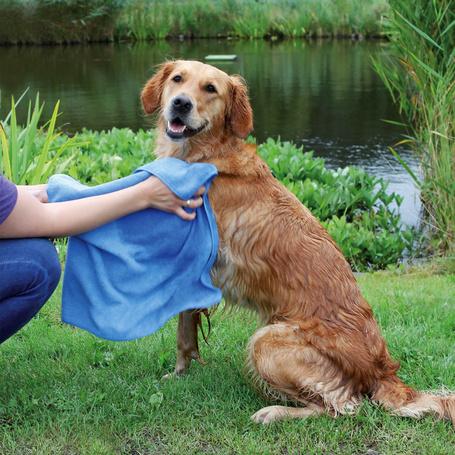 Trixie tappancsmintás kék kutyatörölköző