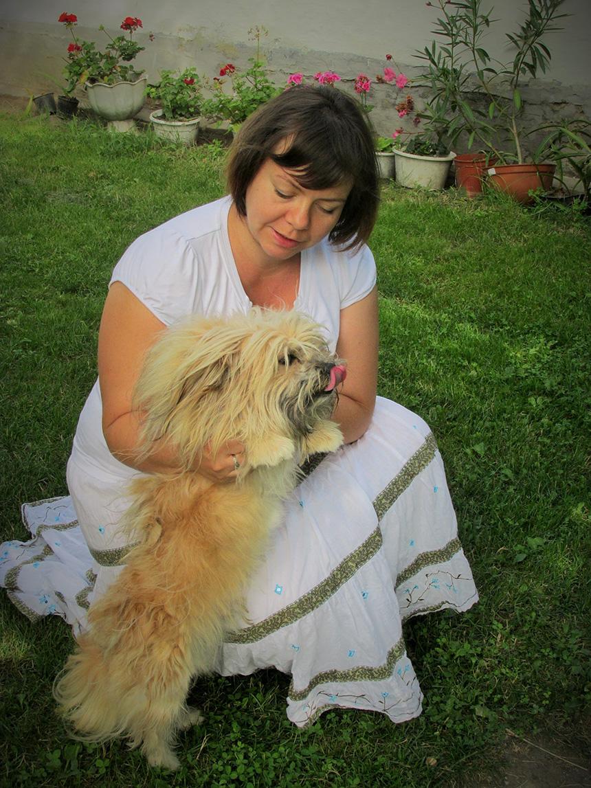Ábris kutya és gazdája Olasz Ildikó